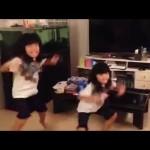 ディズニーの英語システムの歌に合わせて姉妹で追いかけっこ! #ディズニー #followme